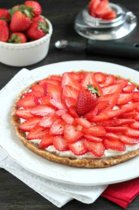 strawberry-greek-yogurt-tart-1